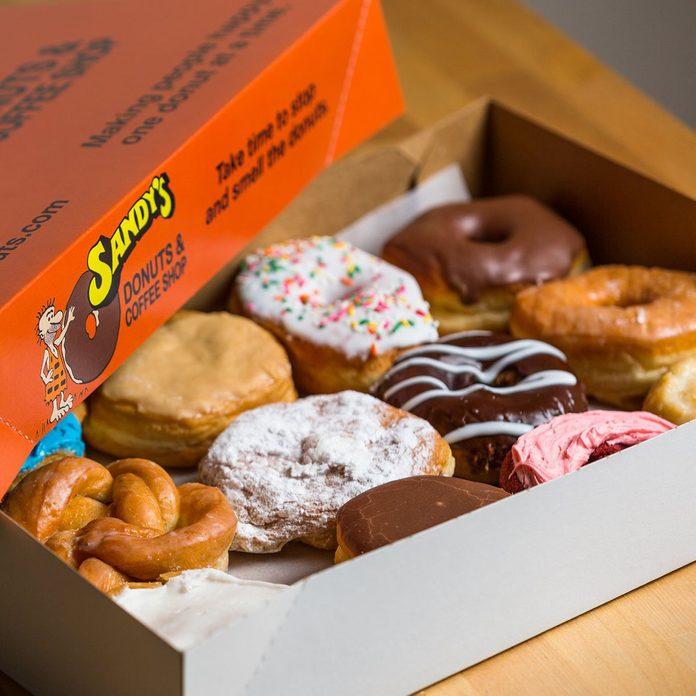 sandys donuts