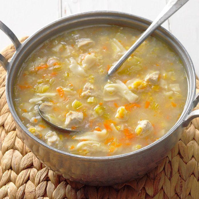Amish Chicken Corn Soup Exps Cwfm18 31049 B10 13 5b 2