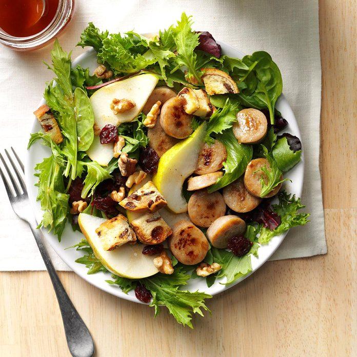 Apple Sausage Salad With Cinnamon Vinaigrette Exps Thn16 175791 06b 15 4b 1