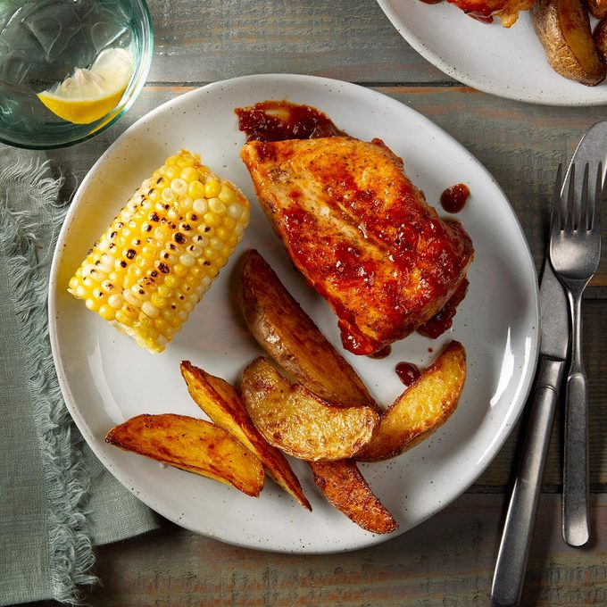 Applesauce Barbecue Chicken Exps Ft20 41953 F 0128 1 2