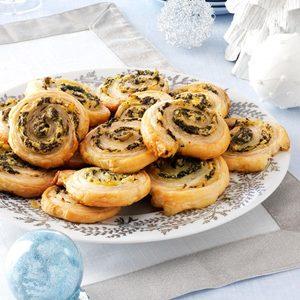 Artichoke-Spinach Pinwheels