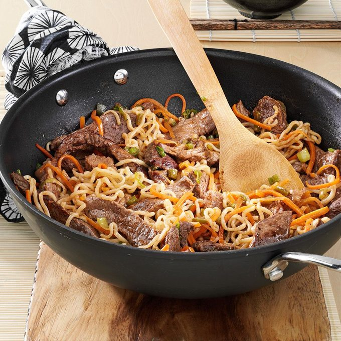Asian Beef Noodles Exps18255 Rds2719782a05 14 2bc Rms 2