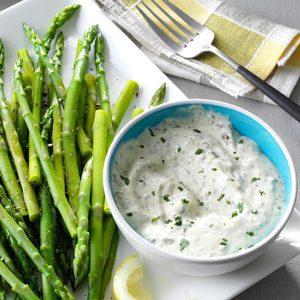 Asparagus with Fresh Basil Sauce