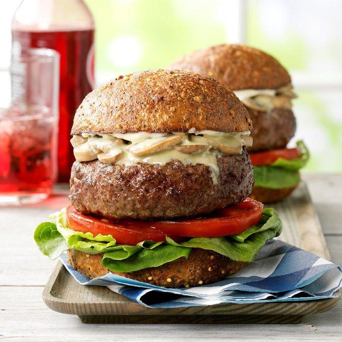 Bacon Blue Cheese Stuffed Burgers Exps Cwjj19 47165 E03 07 1b Rms 3