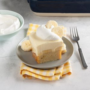 Bananas & Cream Pound Cake
