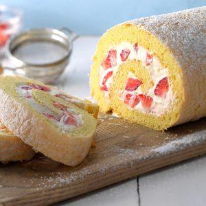Berry Pinwheel Cake