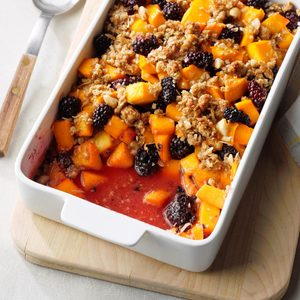 Blackberry-Mango Crumble