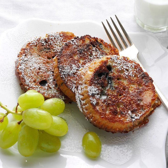 Blueberry Muffin French Toast Exps171085 Sd142780b08 07 7bc Rms 9