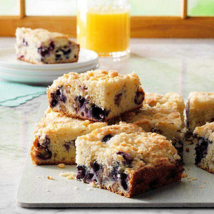 Blueberry Streusel Coffee Cake Exps Ghbz18 1827 E08 15 9b 8