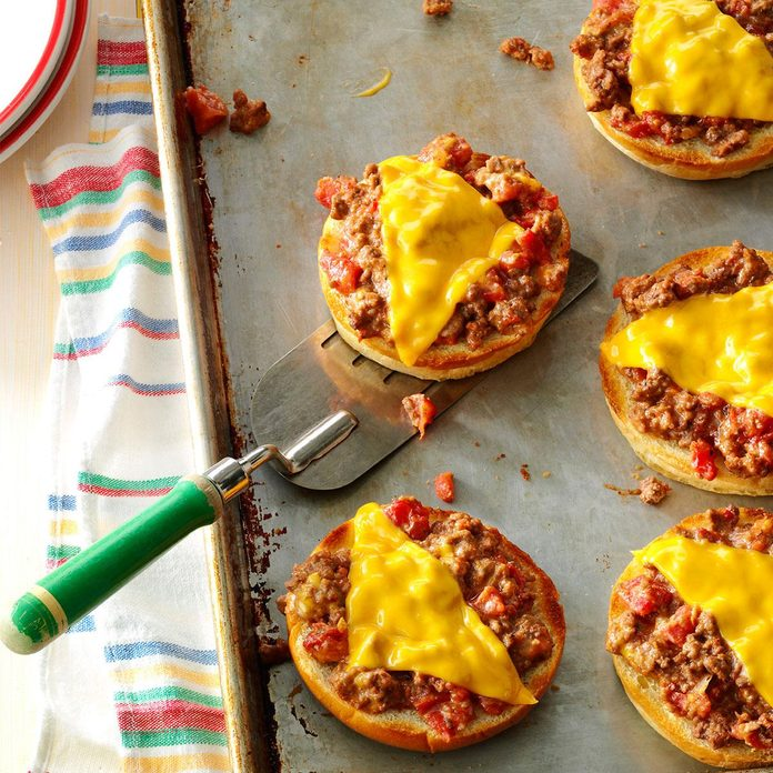Broiled Pizza Burgers Exps26032 Gb143373d01 15 4bc Rms 2
