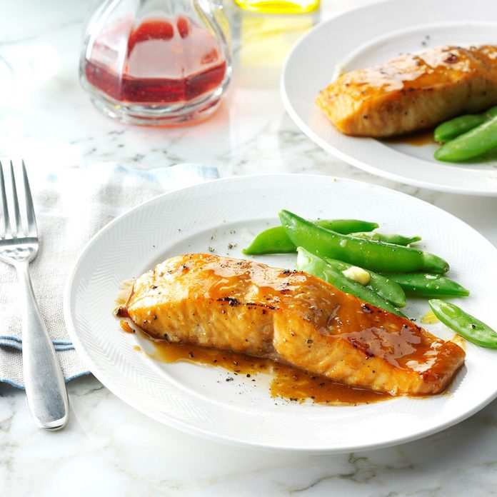 Brown Sugar Glazed Salmon Exps Sdfm17 24902 D10 07 4b 4