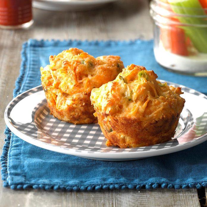 Buffalo Chicken Biscuits Exps Sdas17 155623 C04 07 2b 3