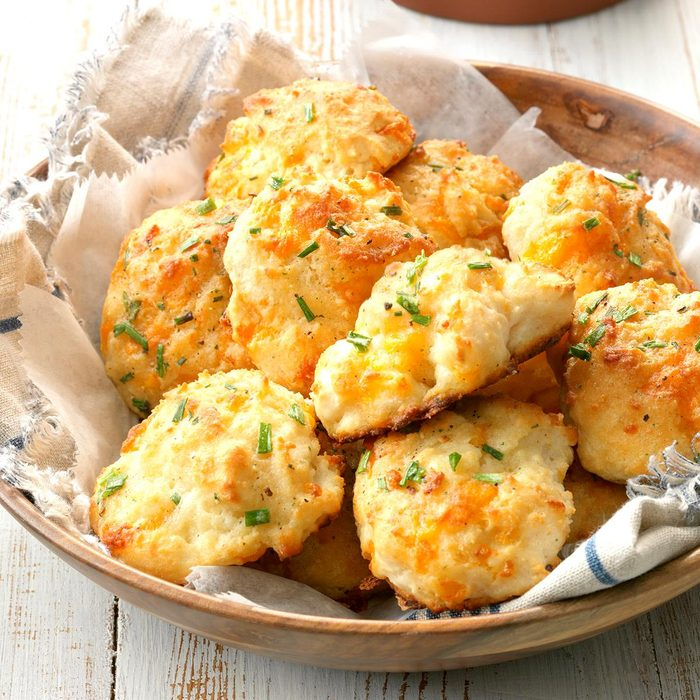 Low-Carb Cheese & Garlic Biscuits