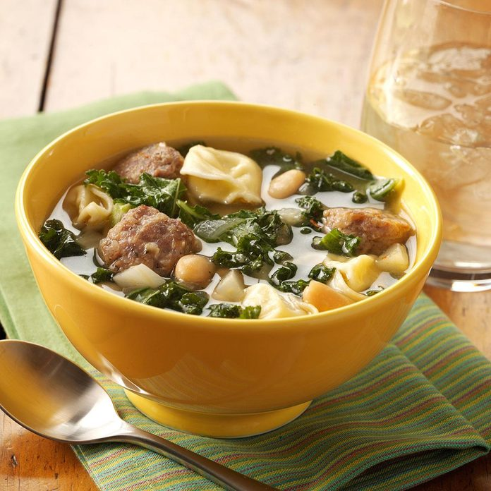 Cheese Tortellini And Kale Soup Exps93674 Baftb2307047c02 08 5bc Rms 2