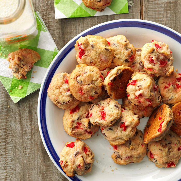 Arkansas: Cherry Chocolate Nut Cookies