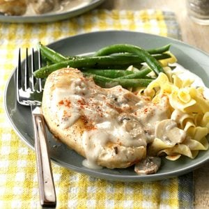 Chicken in Sour Cream Sauce