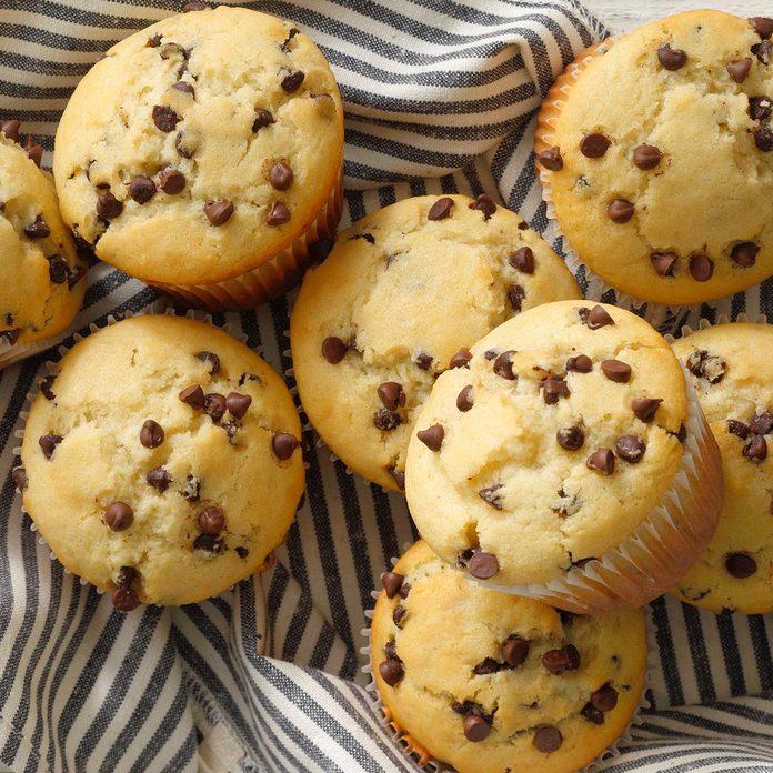 Chocolate Chip Muffins Exps Toham21 11638 B12 04 1b 1