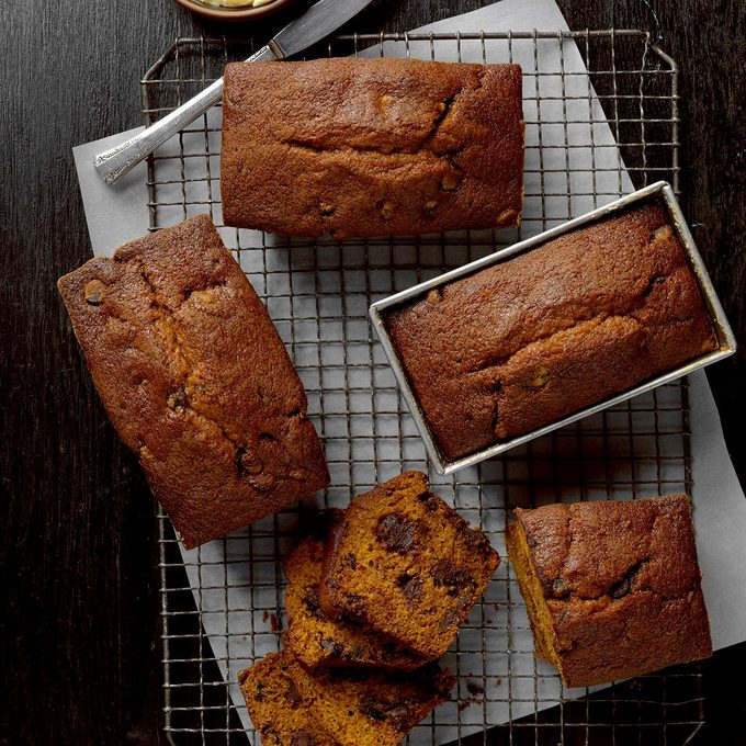 Chocolate Chip Pumpkin Bread Exps Cmz18 2273 B10 26 1b 3