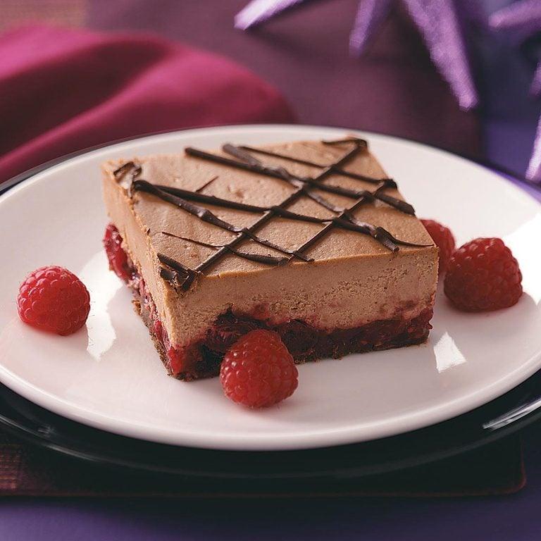Chocolate Cran Raspberry Cheesecake Bars Exps49586 Thca1917912d03 24 3bc Rms 1