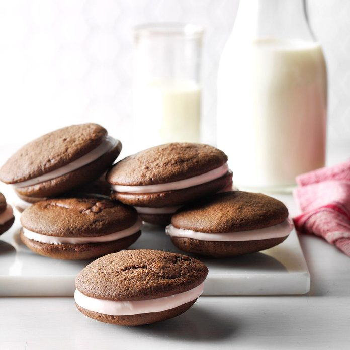 Chocolate Raspberry Whoopie Pies