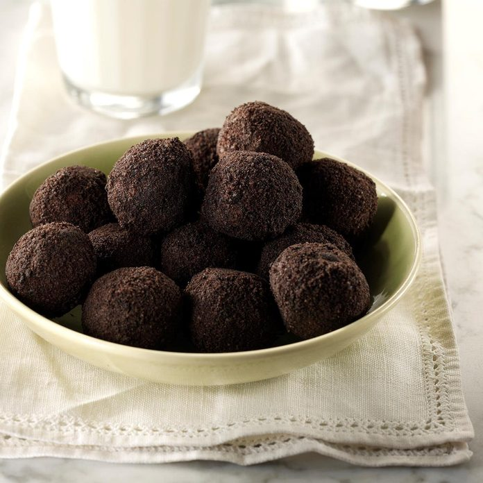Chocolate Rum Balls Exps Sddj17 160318 16 C08 05 4b 2
