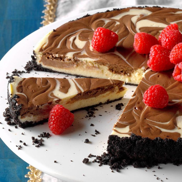 Chocolate Swirled Cheesecake Exps Hcka19 31352 B10 17 2b 5
