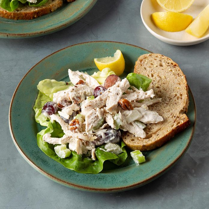 Chunky Chicken Salad With Grapes And Pecans Exps Ft19 152167 F 1218 1 3