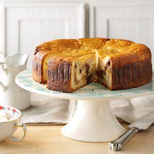 Cinnamon Roll Cream Cheese Coffee Cake