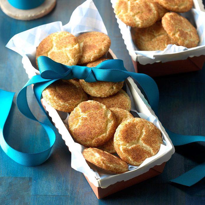 Cinnamon Sugar Crackle Cookies Exps Ucsbz17 36781 C05 26 2b 4