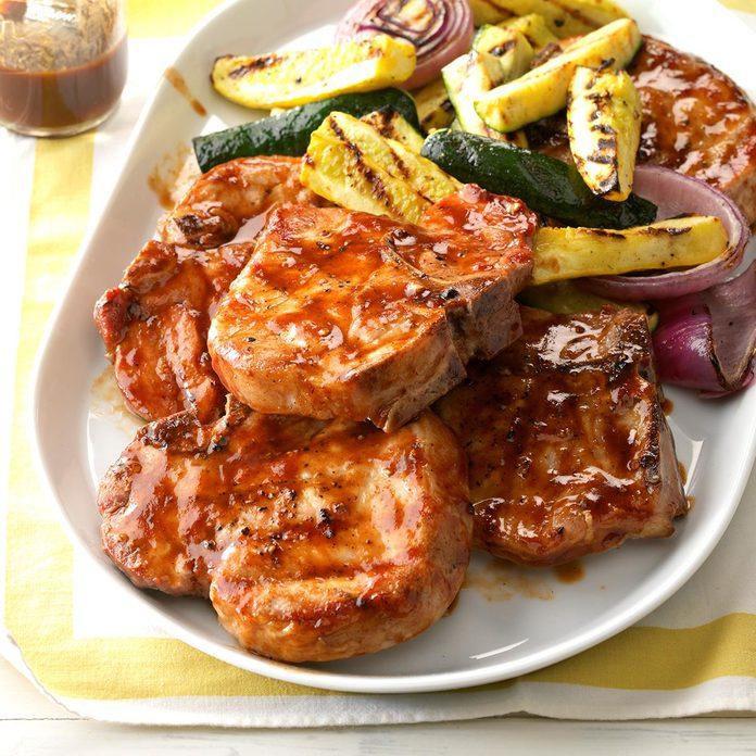 Contest Winning Barbecued Pork Chops Exps Sdas17 40187 D04 12 5b 1