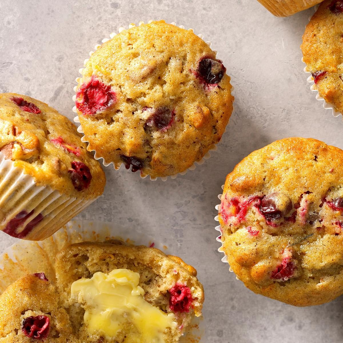Cranberry Muffins Exps Sdon18 3135 B06 13 1b 3