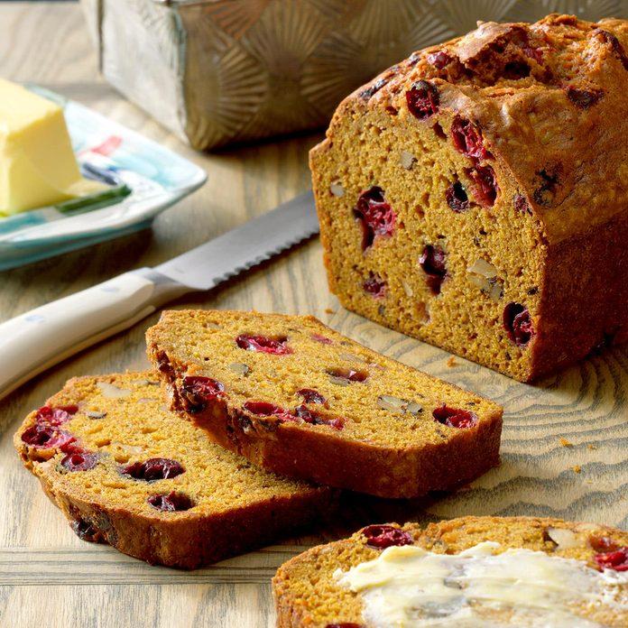 Cranberry Pumpkin Bread Exps Tgcbbz17 31202 B04 28 2b 2
