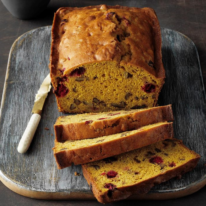 Cranberry Walnut Pumpkin Bread Exps Pcbbz20 7585 E01 15 1b 1