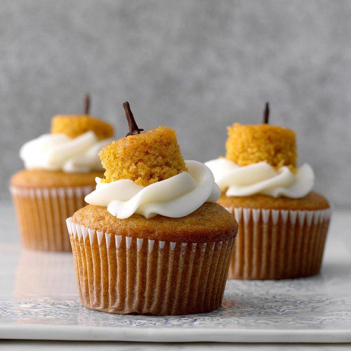 Cream-Filled Pumpkin Cupcakes