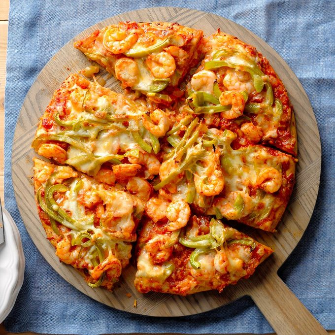 Creole Shrimp Pizza Exps Thn17 139637 B06 14 1b 6