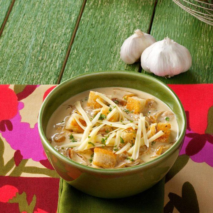 Crouton-Topped Garlic Soup