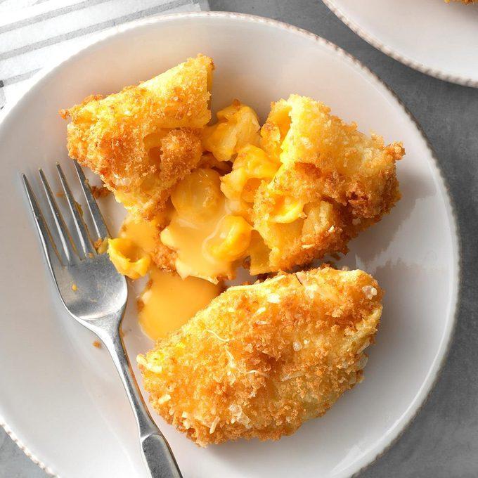 Deep Fried Mac Cheese Shells Exps Chmz19 192350 C10 26 8b 2