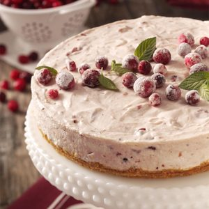 Mallow Cranberry Cheesecake