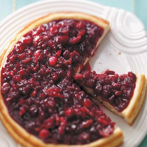 Festive Cranberry-Topped Cheesecake
