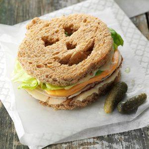 Jack-o'-Lantern Sandwiches