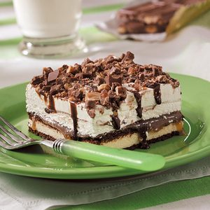 Easy Ice Cream Sandwich Dessert
