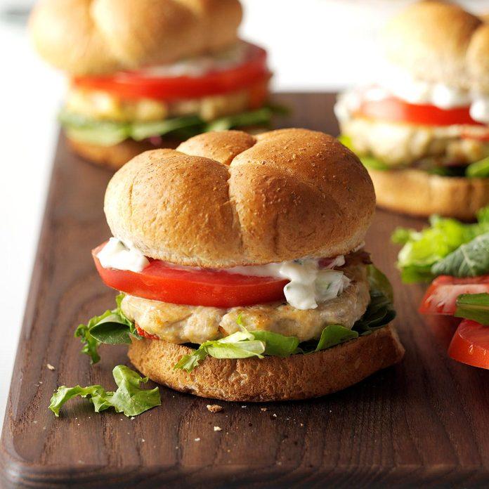 Feta Chicken Burgers Exps Hc16 174026 C07 01 1b 3