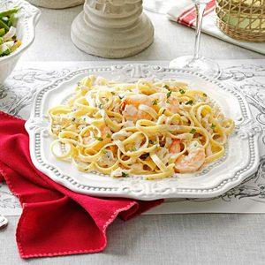 Fettucine Seafood Alfredo