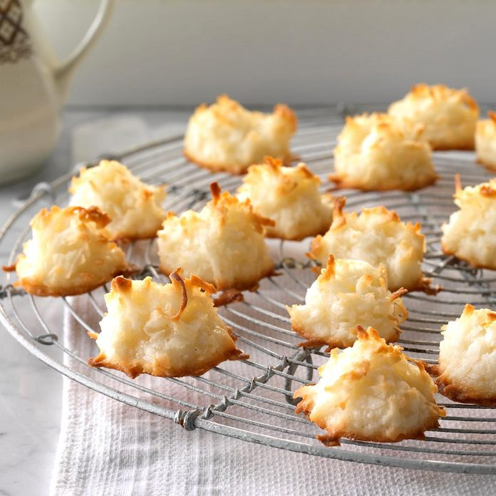 First Place Coconut Macaroons Exps Hrbz17 4383 C09 01 3b 14