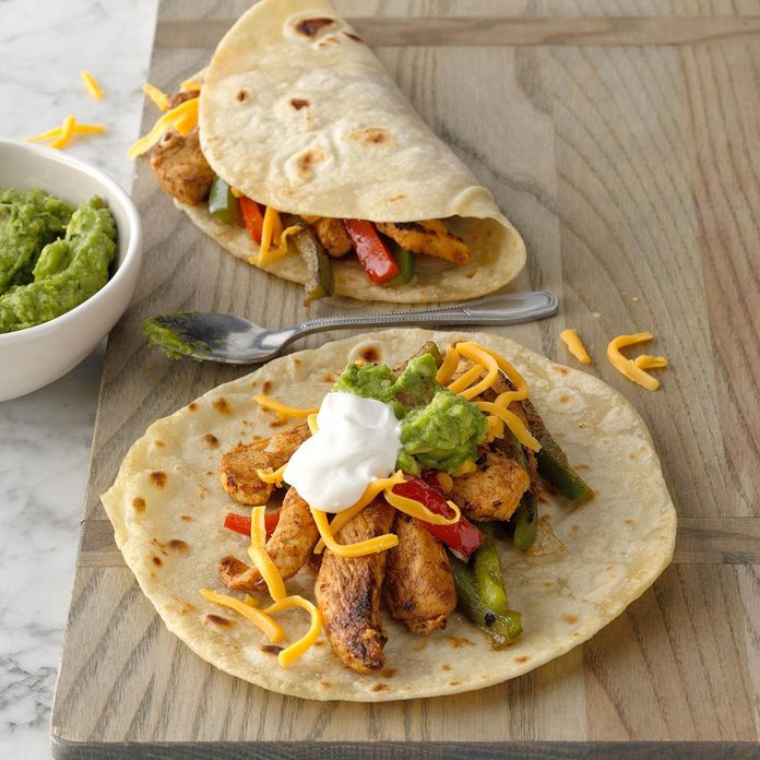 Flavorful Chicken Fajitas Exps Ciw19 12540 B08 30 6b 22
