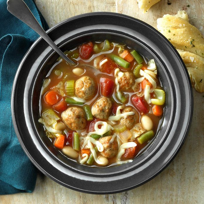Flavorful Meatball Soup Exps Ssbz18 33970 C03 13 2b 3