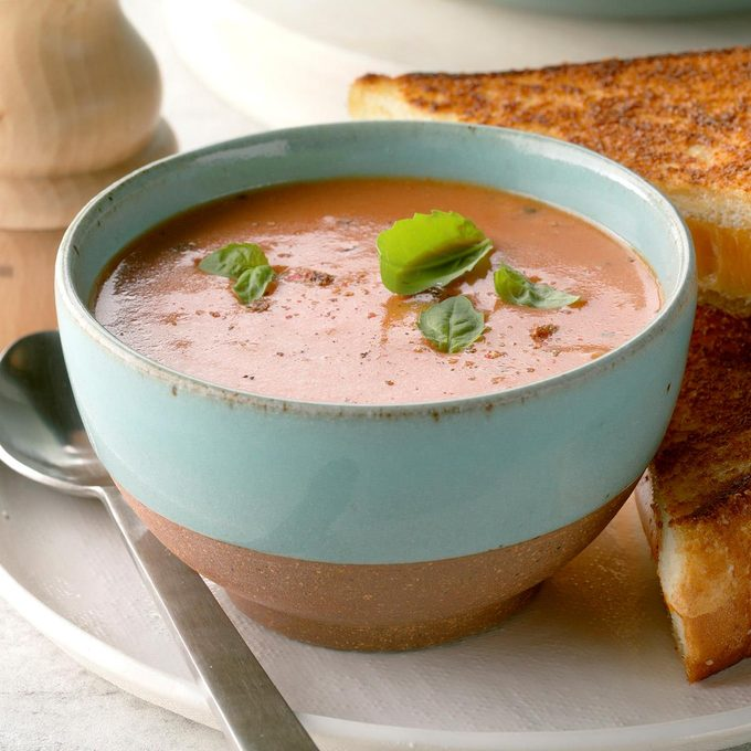 Flavorful Tomato Soup Exps Cf2bz20 19099 B12 04 4b 4