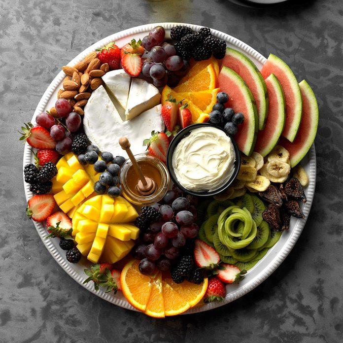 Fruit Charcuterie Board Exps Jmz18 224813 C03 07 8b 10