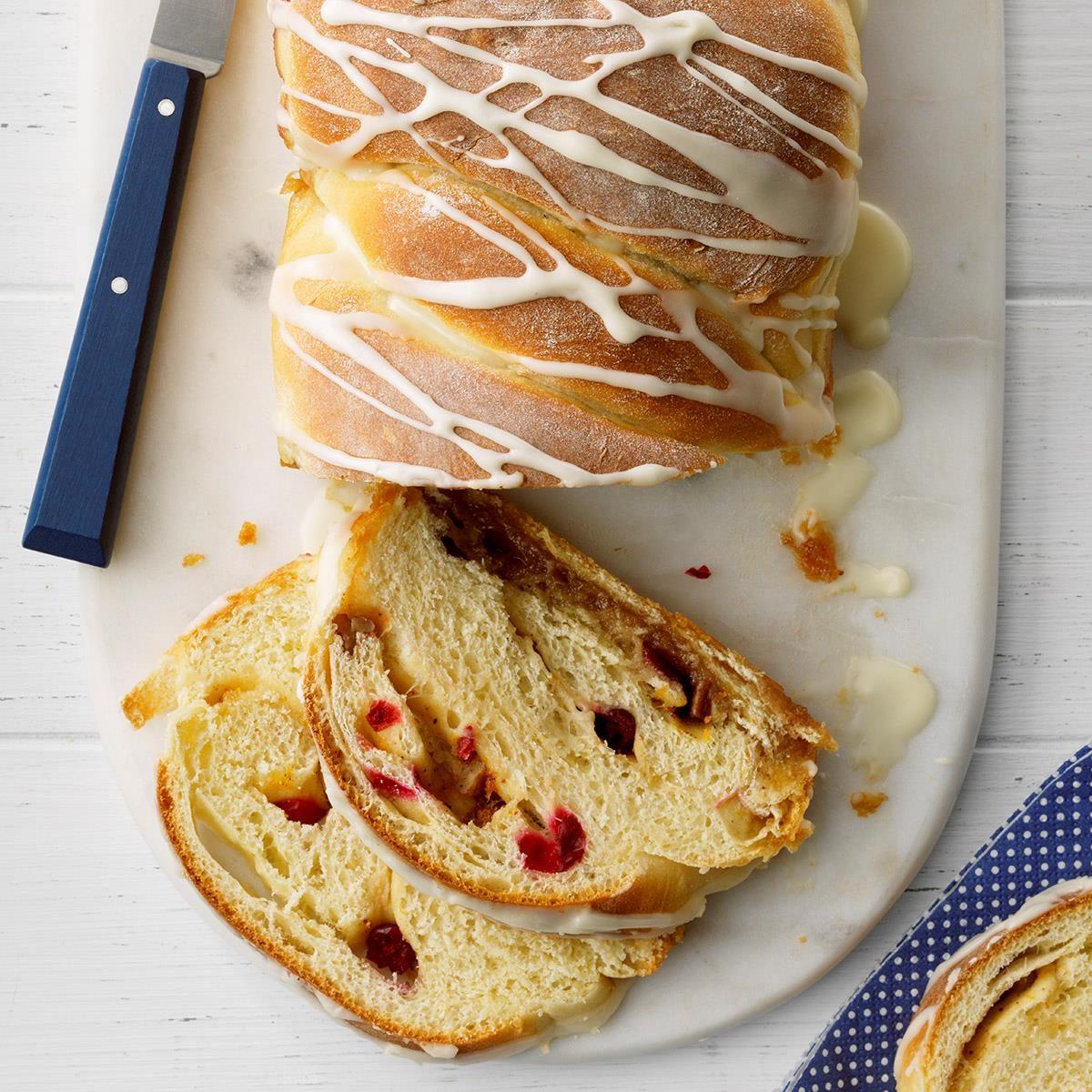 Glazed Cranberry Swirl Loaf Exps Tohca20 39357 E02 26 7b 1