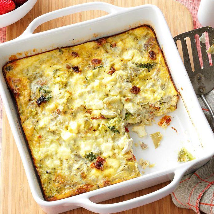 Greek Breakfast Casserole Exps168280 Hcka143243b08 29 2bc Rms 4